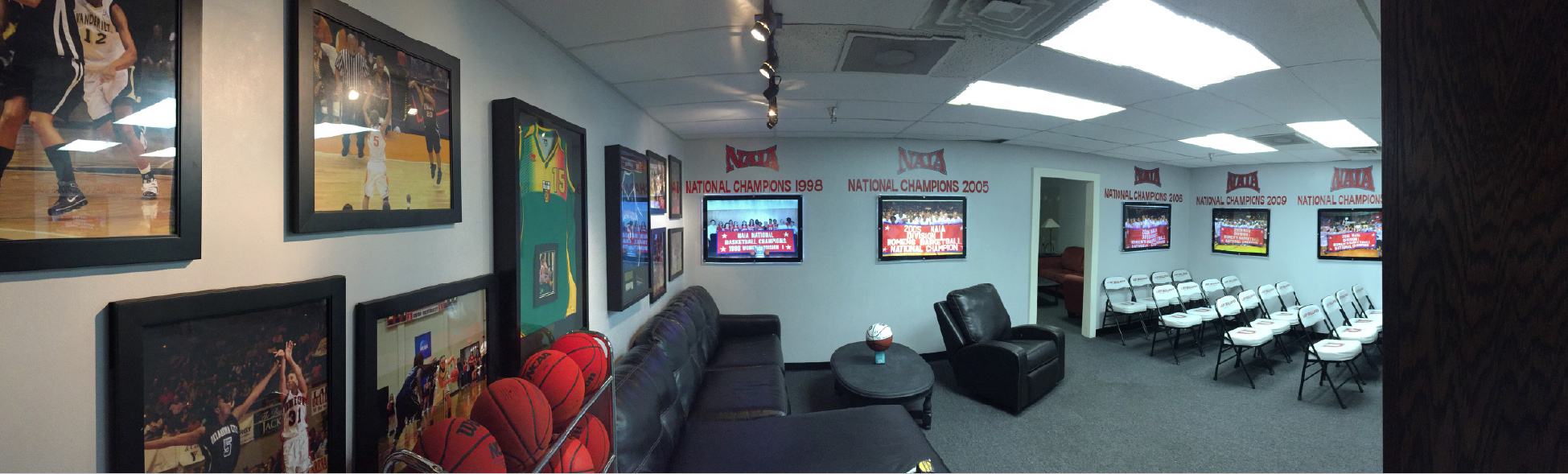 Before-Union-University_Womens-Basketball-Locker-Room_Interior-Branding_LSIGraphics_Memphis-TN ..