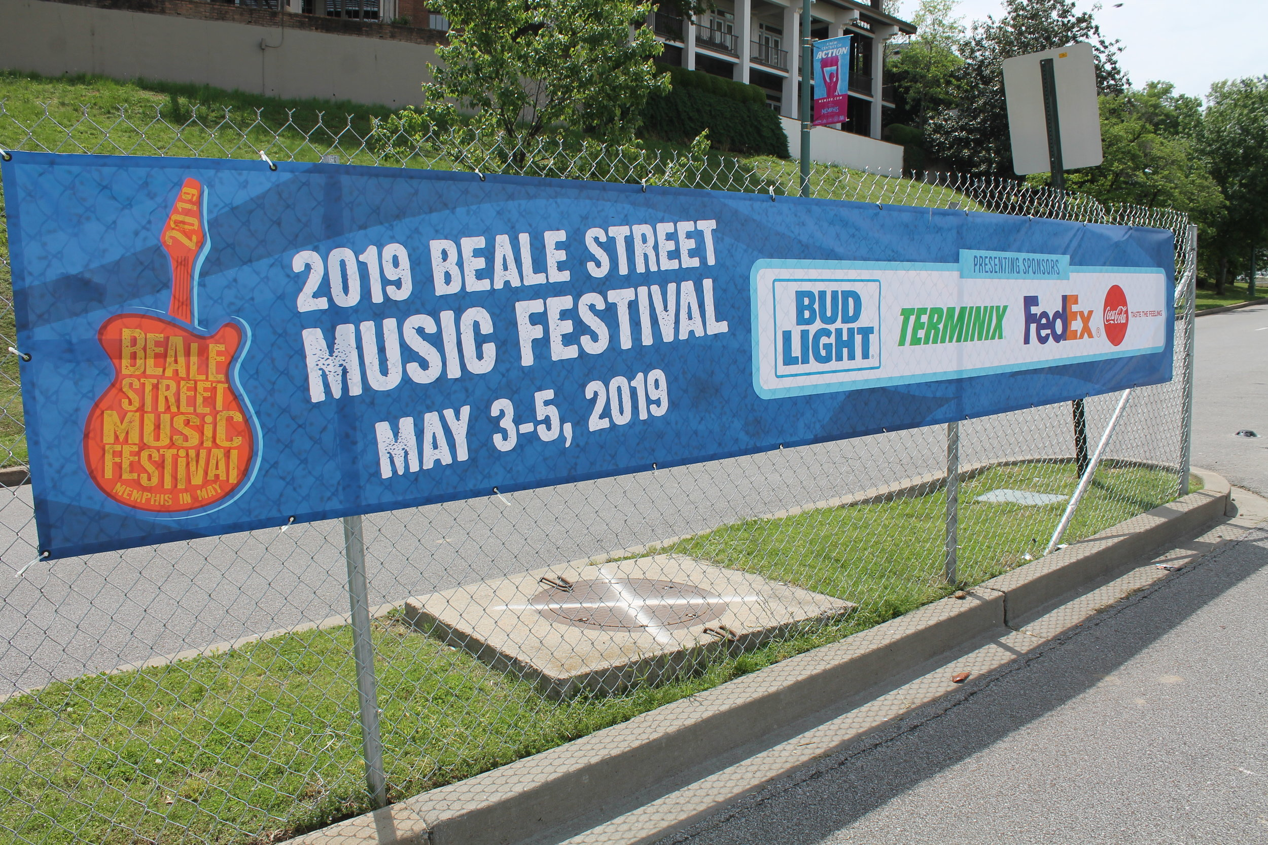 Memphis-In-May_Beale-Street-Music-Festival_Fence-Mesh-Banners_Events_LSIGraphics_Memphis-TN ..