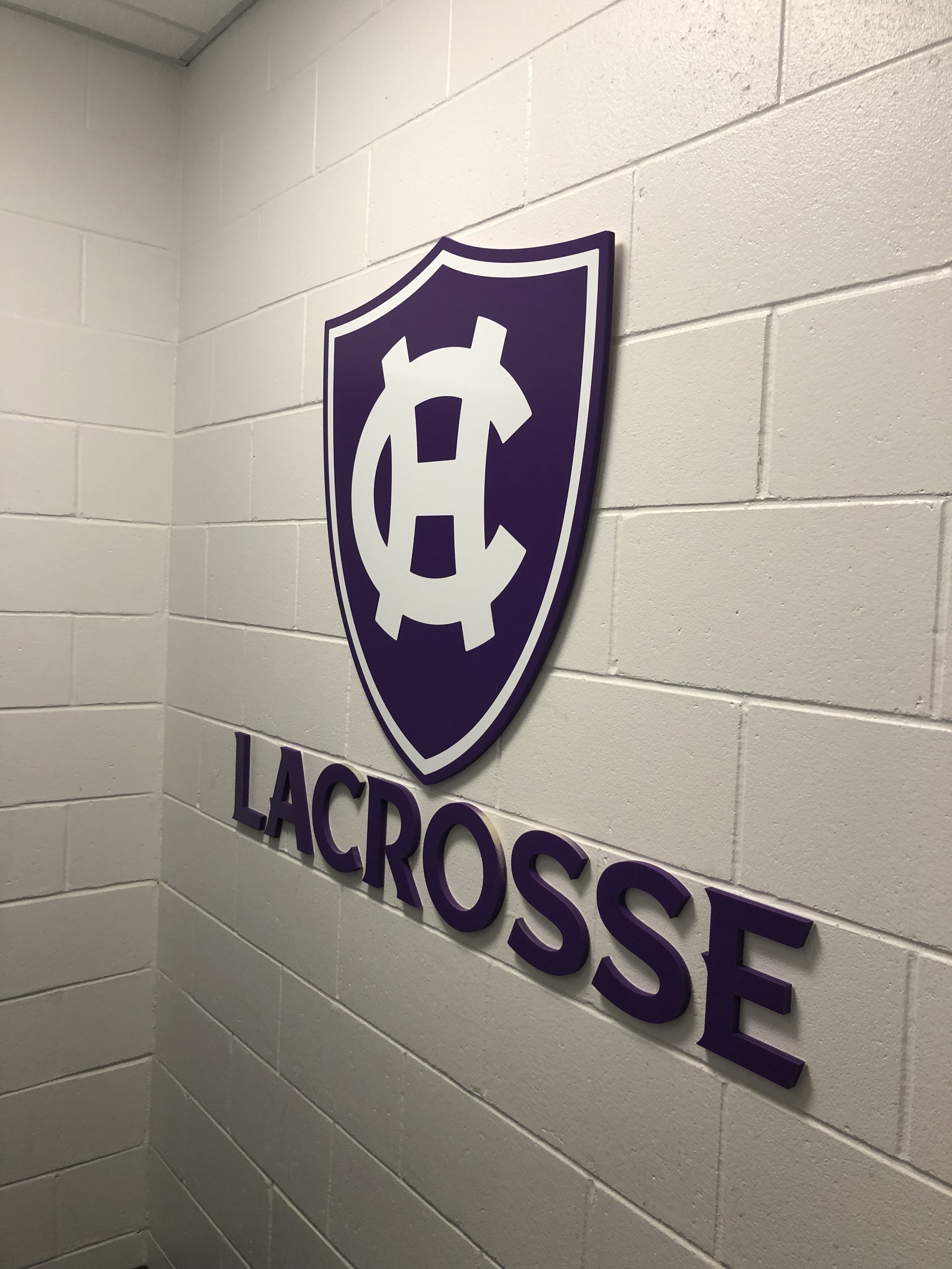 College-of-the-Holy-Cross_Mens-Lacrosse-Locker-Room_LSIGraphics_Providence-RI-6 ..