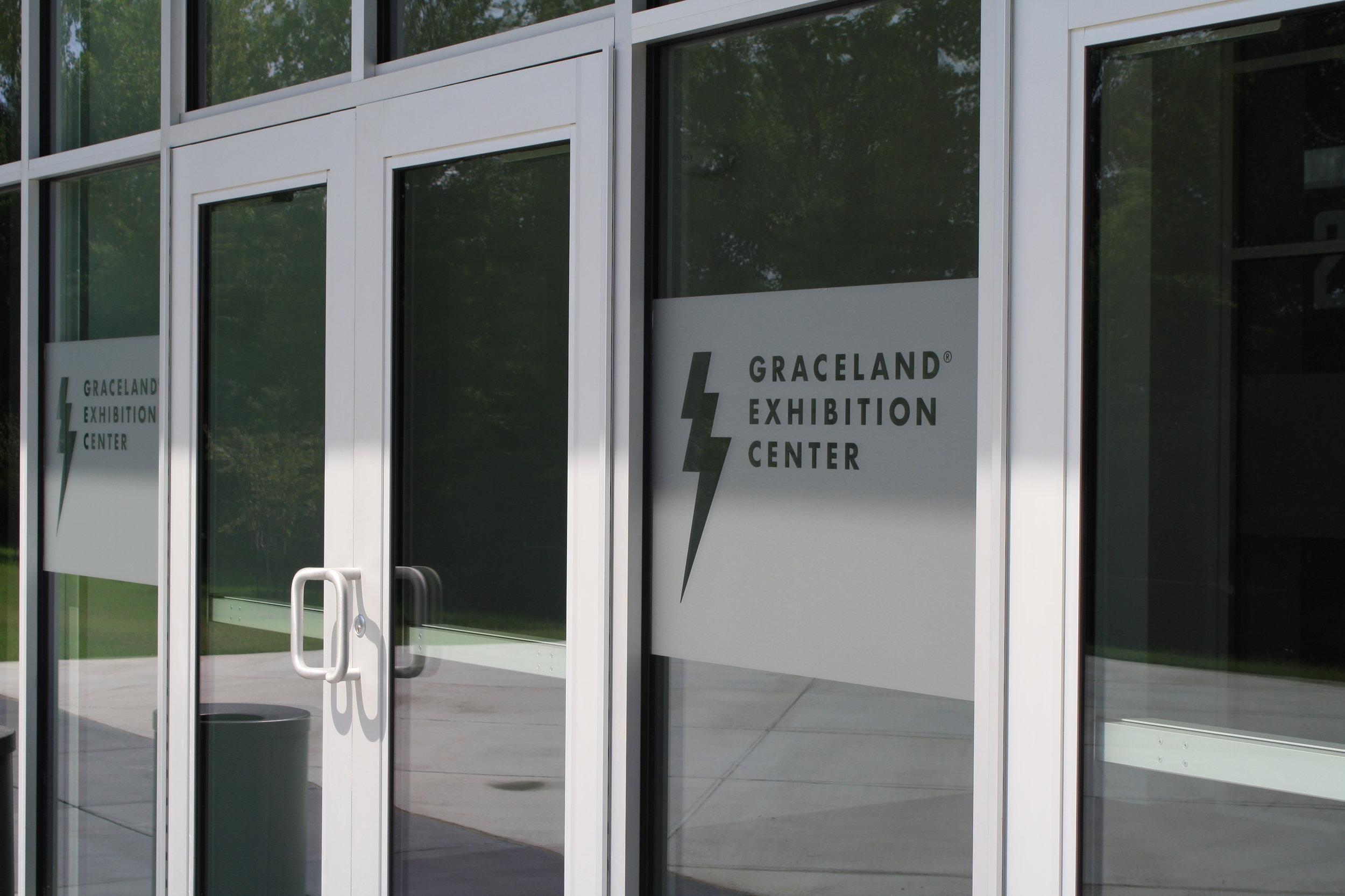 Graceland_Graceland-Exhibition-Center_Etched-Glass-Logo_LSIGraphics_Memphis-TN-1 ..