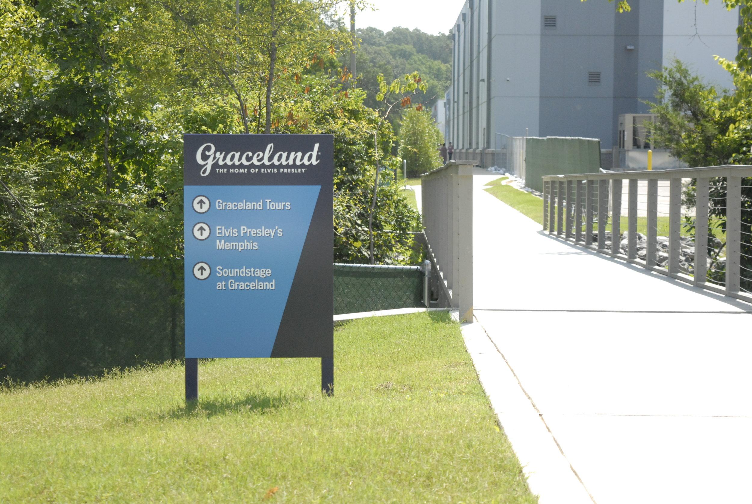 Graceland_Graceland-Exhibition-Center_Wayfinding_LSIGraphics_Memphis-TN-1 ..