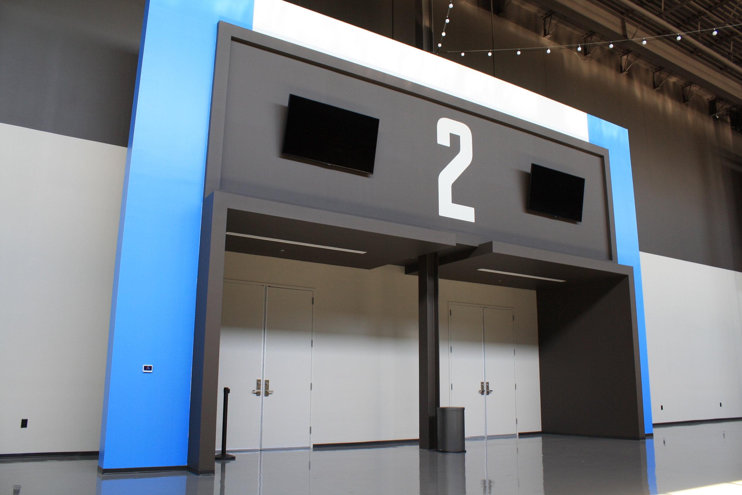 Graceland_Graceland-Exhibition-Center_Exhibit-Entrances_LSIGraphics_Memphis-TN-2 ..