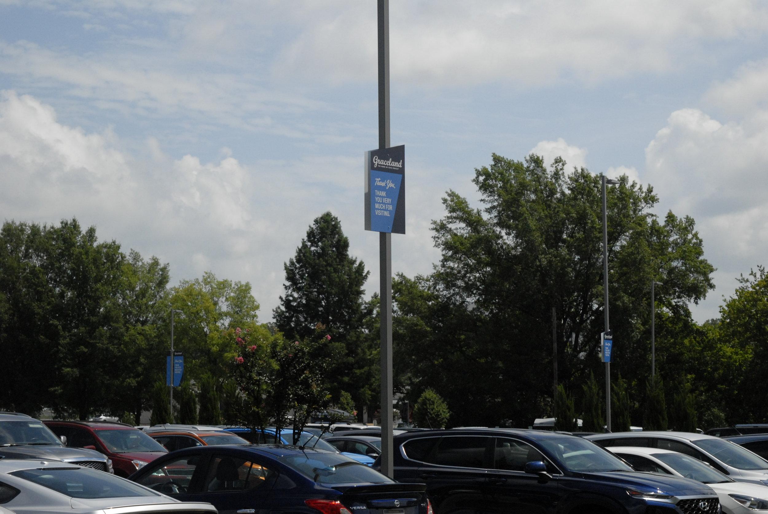 Graceland_Pole-Banner_LSIGraphics_Memphis-TN-2 ..