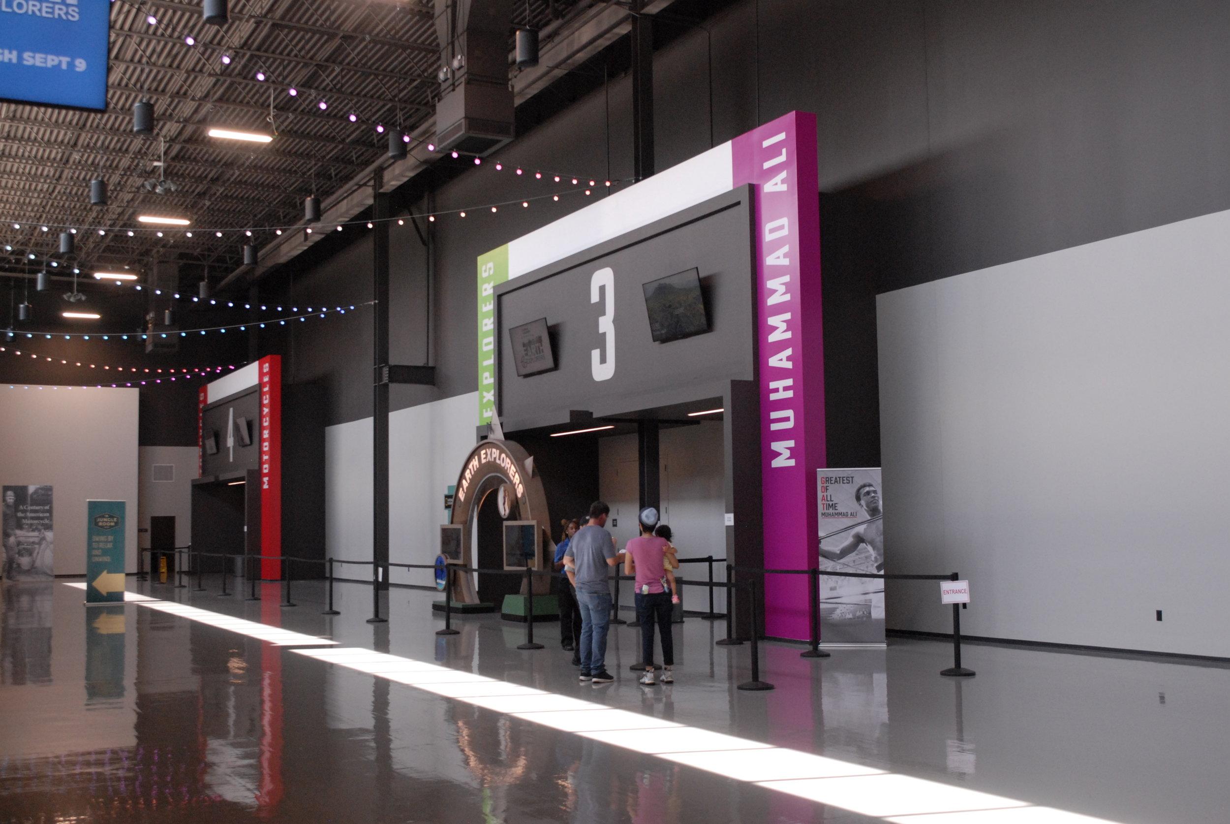 Graceland_Graceland-Exhibition-Center_Exhibit-Entrances_LSIGraphics_Memphis-TN-3 ..