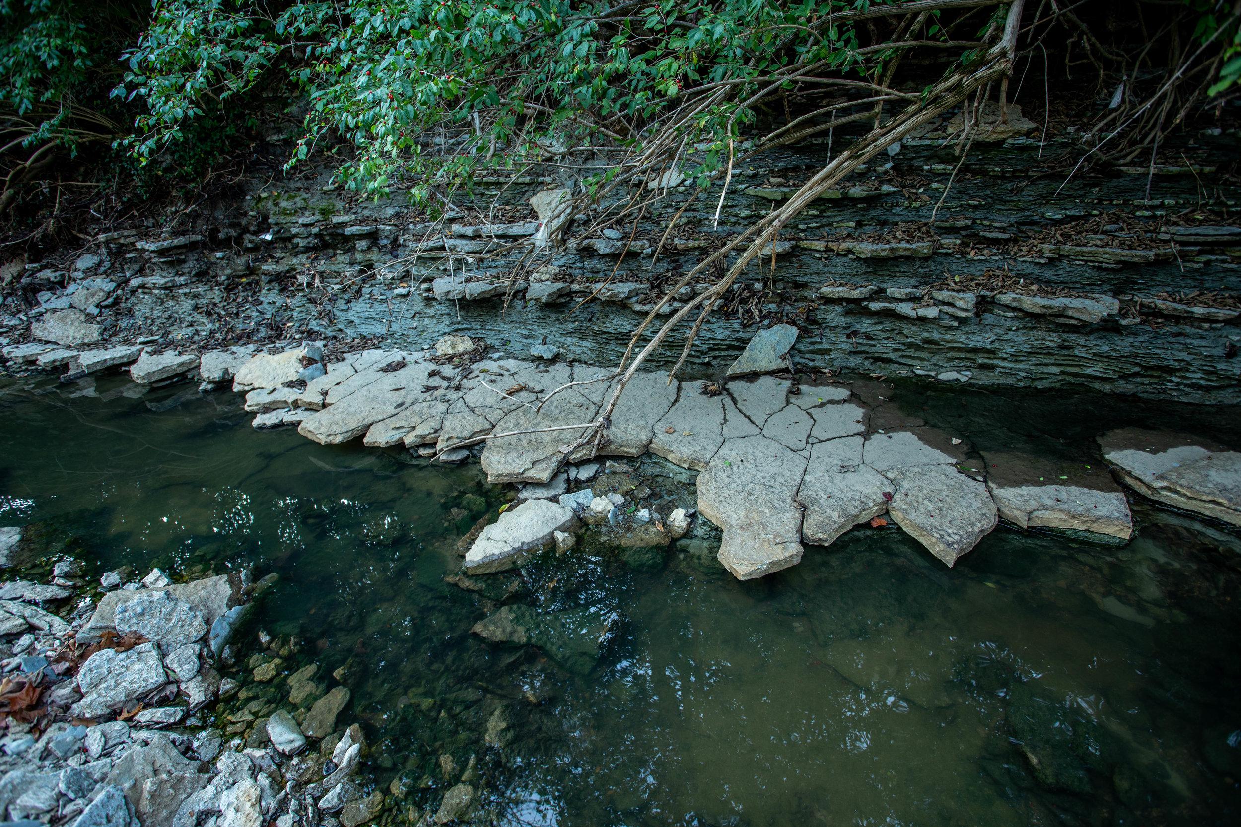 cracked rocks-1178.jpg