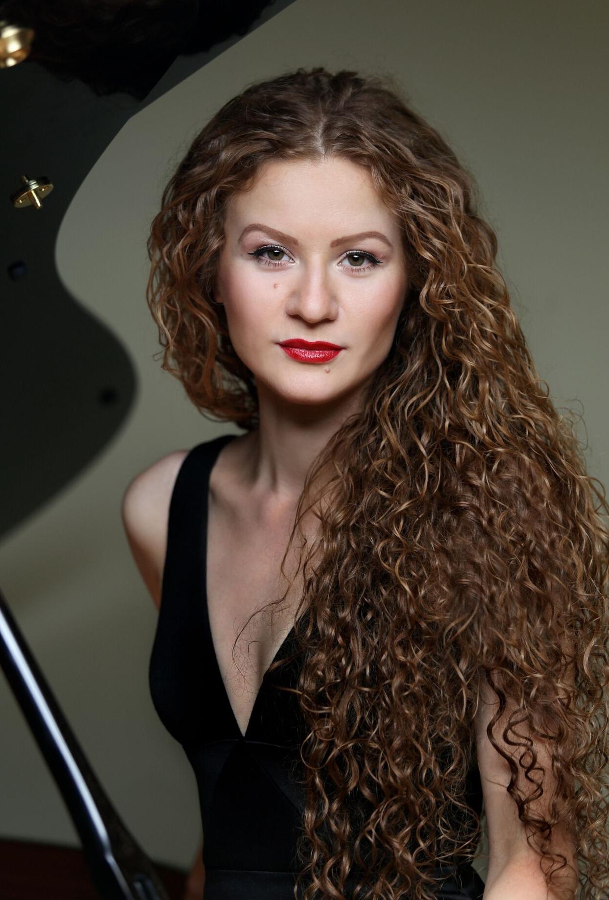 LISZT Grandes études de Paganini - Asiya Korepanova, piano