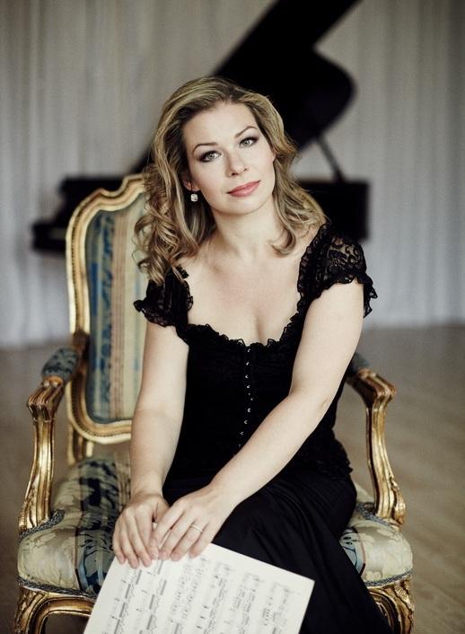 GERSHWIN Rhapsody in Blue - Anastasia Dedik, piano(with Evgenia Truksha)