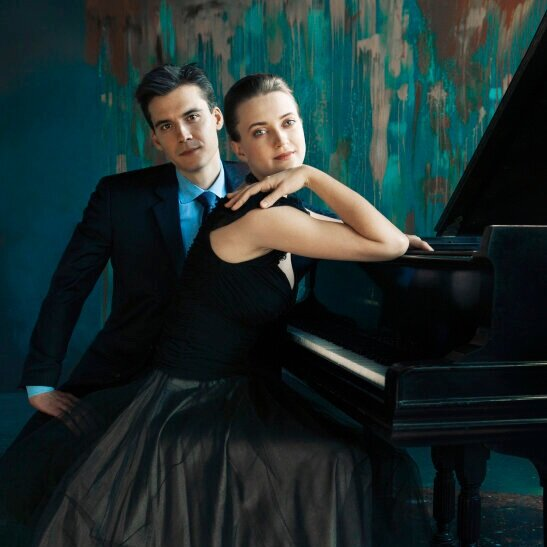 BORTKIEWICZ: Folk Melodies and Dances - Anna and Dmitri Shelest, Piano