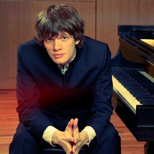 BACH/SILOTI: Prelude in G minorRACHMANINOV: Two Etude TableauKHARITONOV: Concert Etude - Arsentiy Kharitonov, piano
