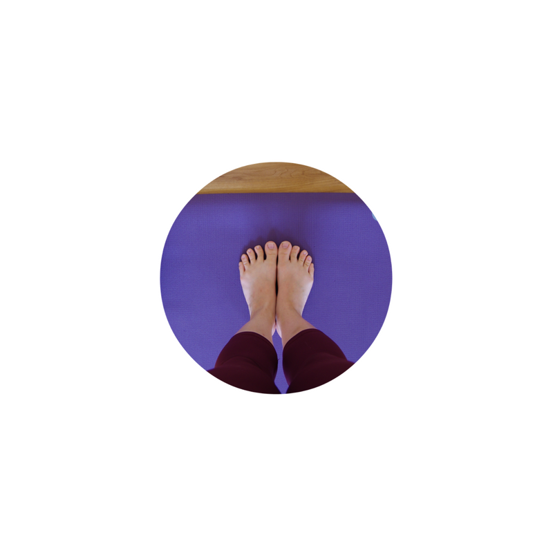 Mat Feet Canva Circle.png