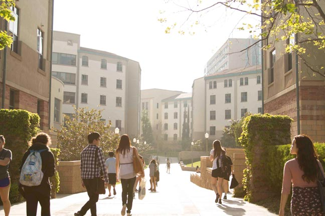 campus-life-housing-06.jpg