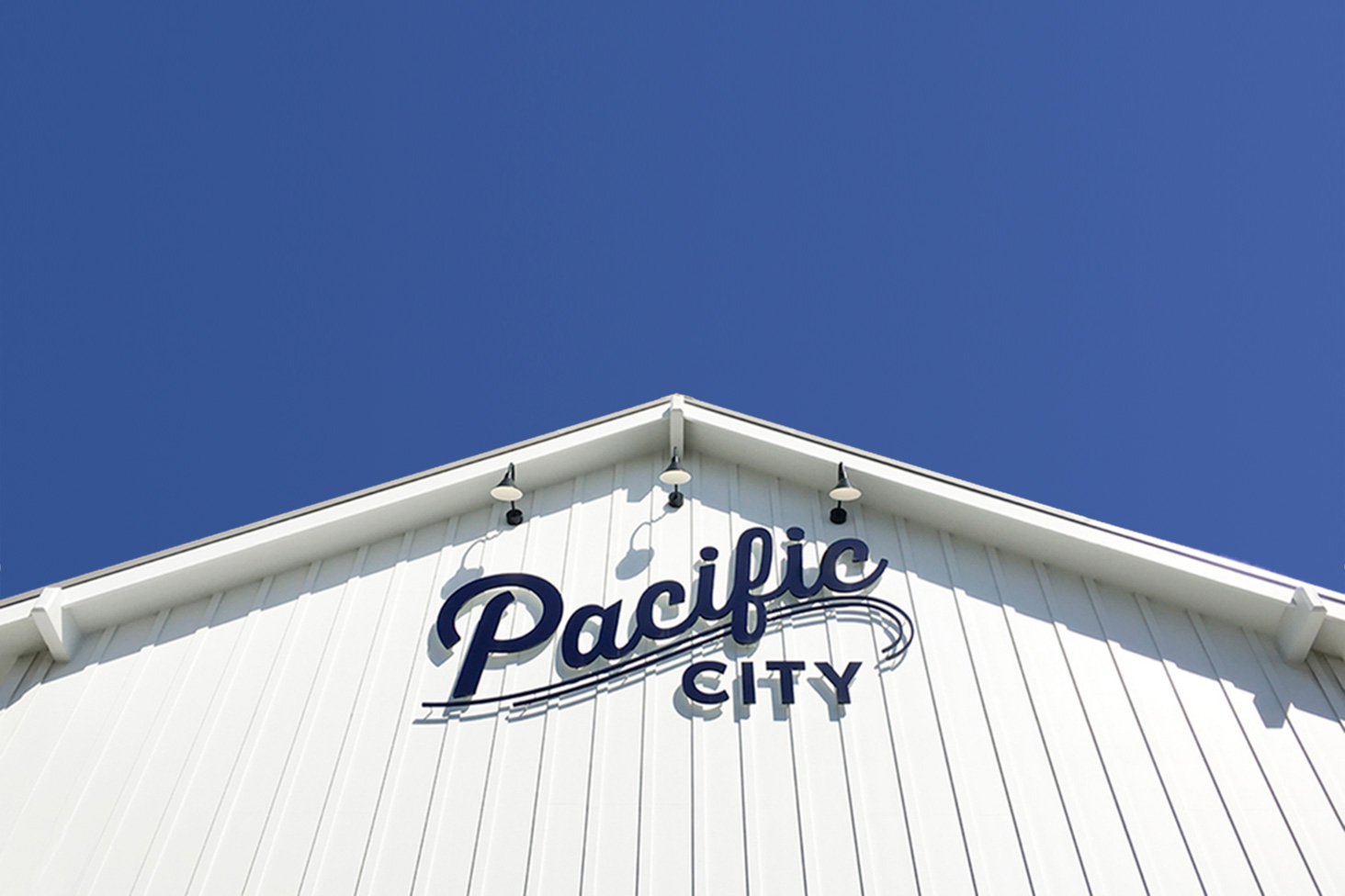 Pacific City  : Bringing the Inside, Out