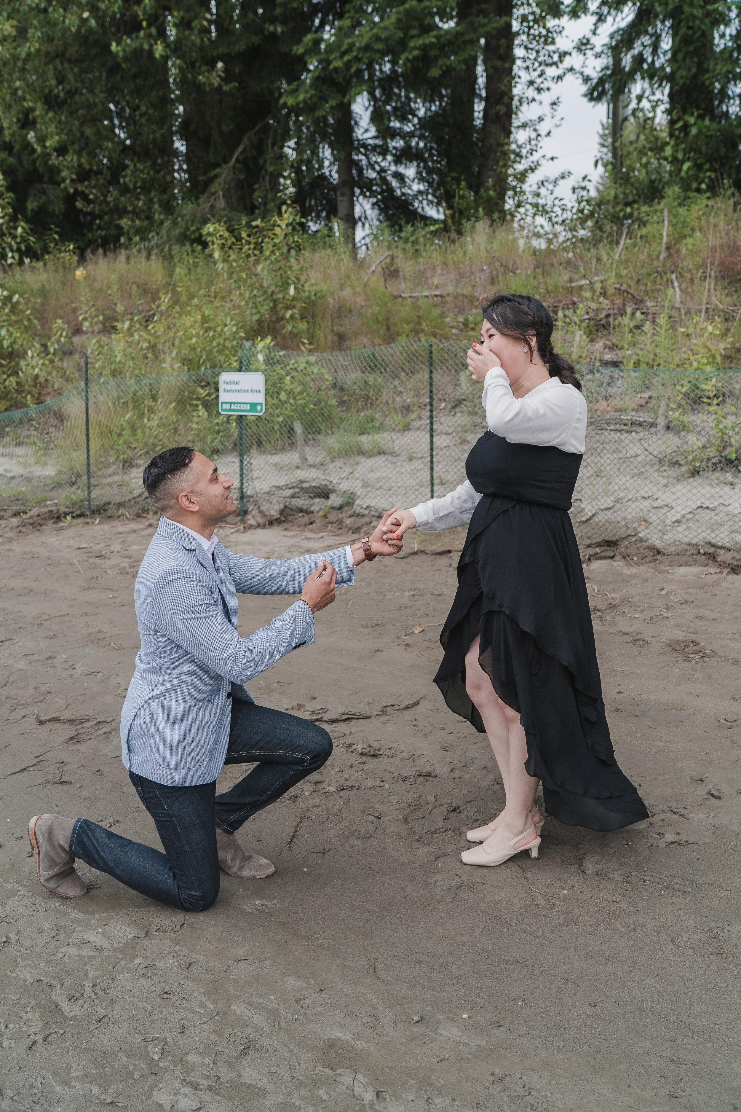 20190622 - Monika & Johnson Engagement- 0033.jpg