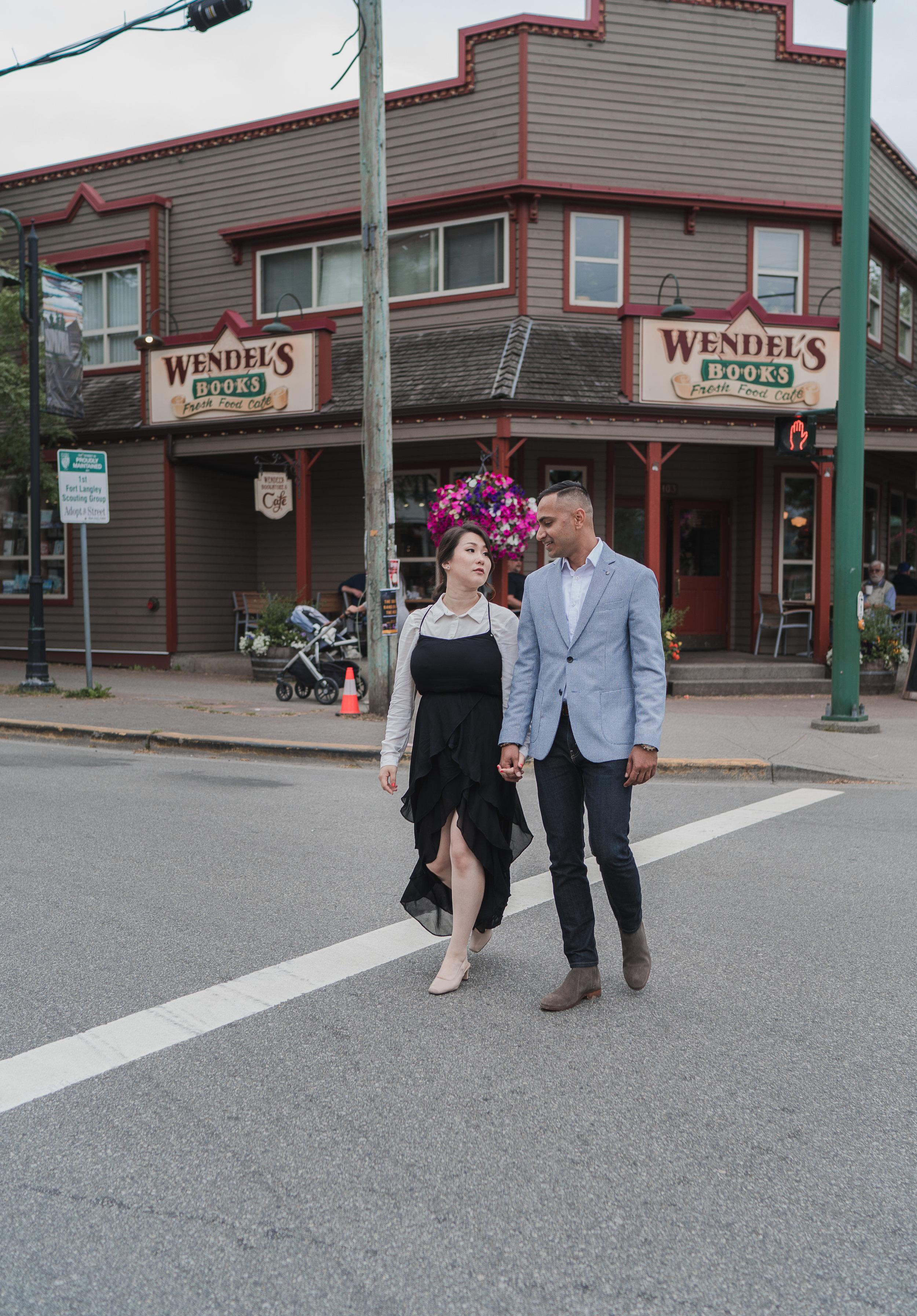 20190622 - Monika & Johnson Engagement- 0076.jpg