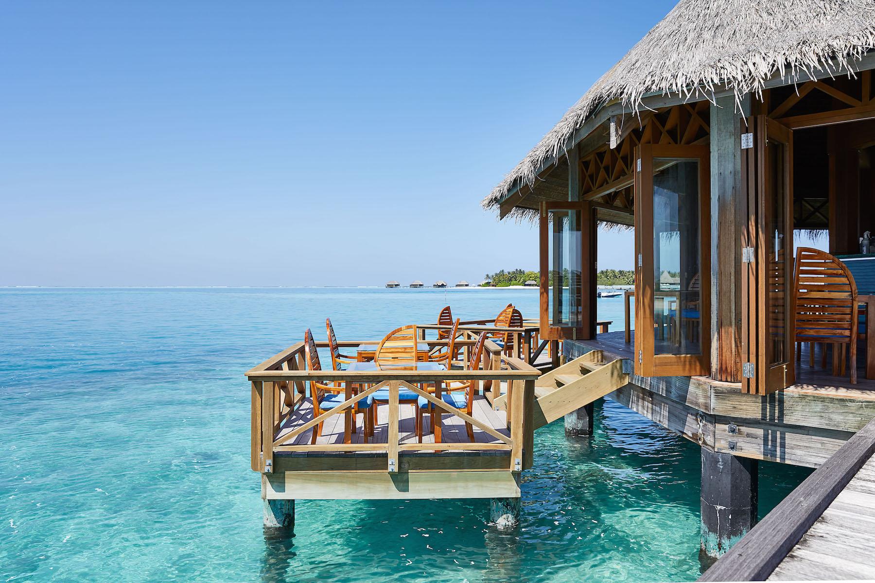 CONRAD MALDIVES_Sunset Grill_Day_credit Justin Nicholas- hi-res (3).jpg