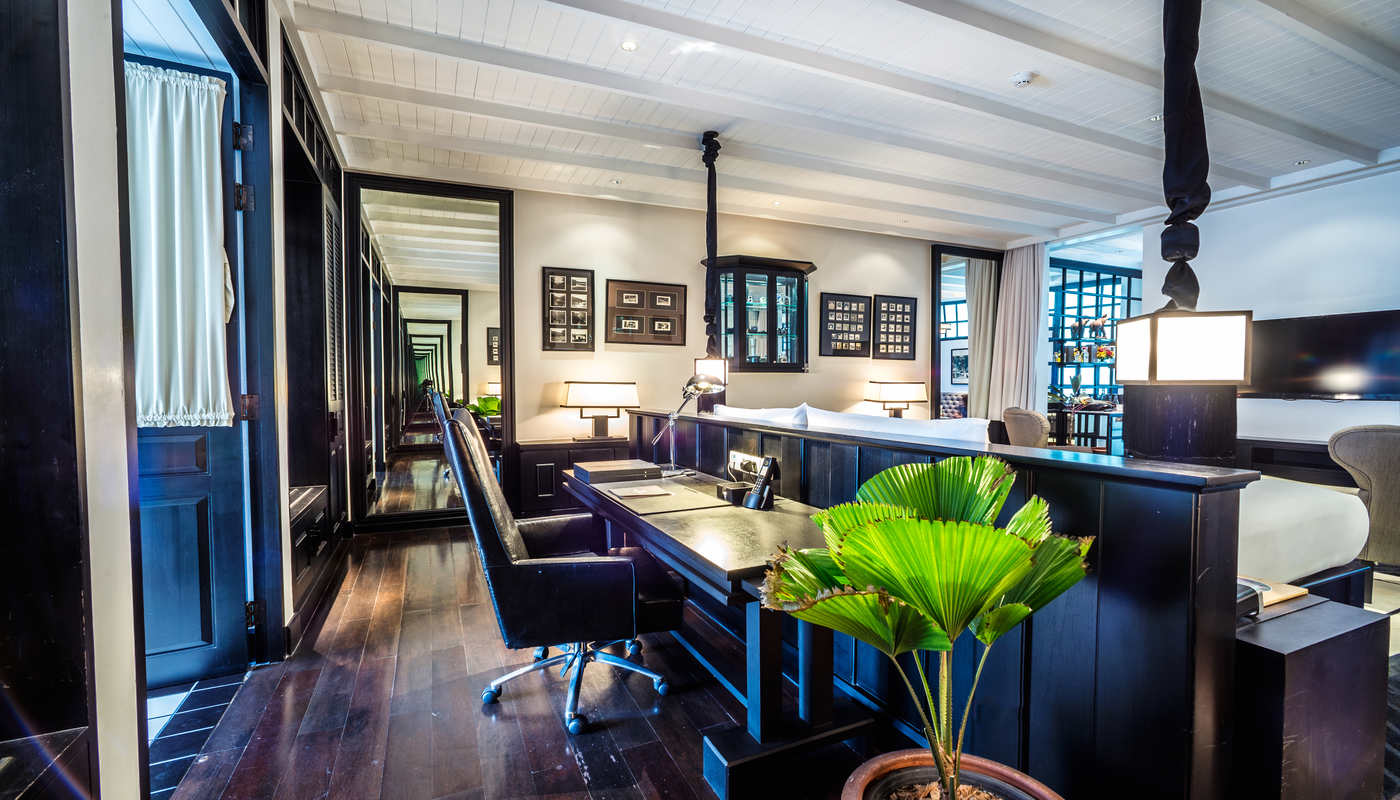 The Siam. Siam Suite - Working space 1.jpg