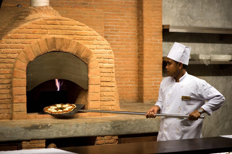 Italian Restaurant1.jpg