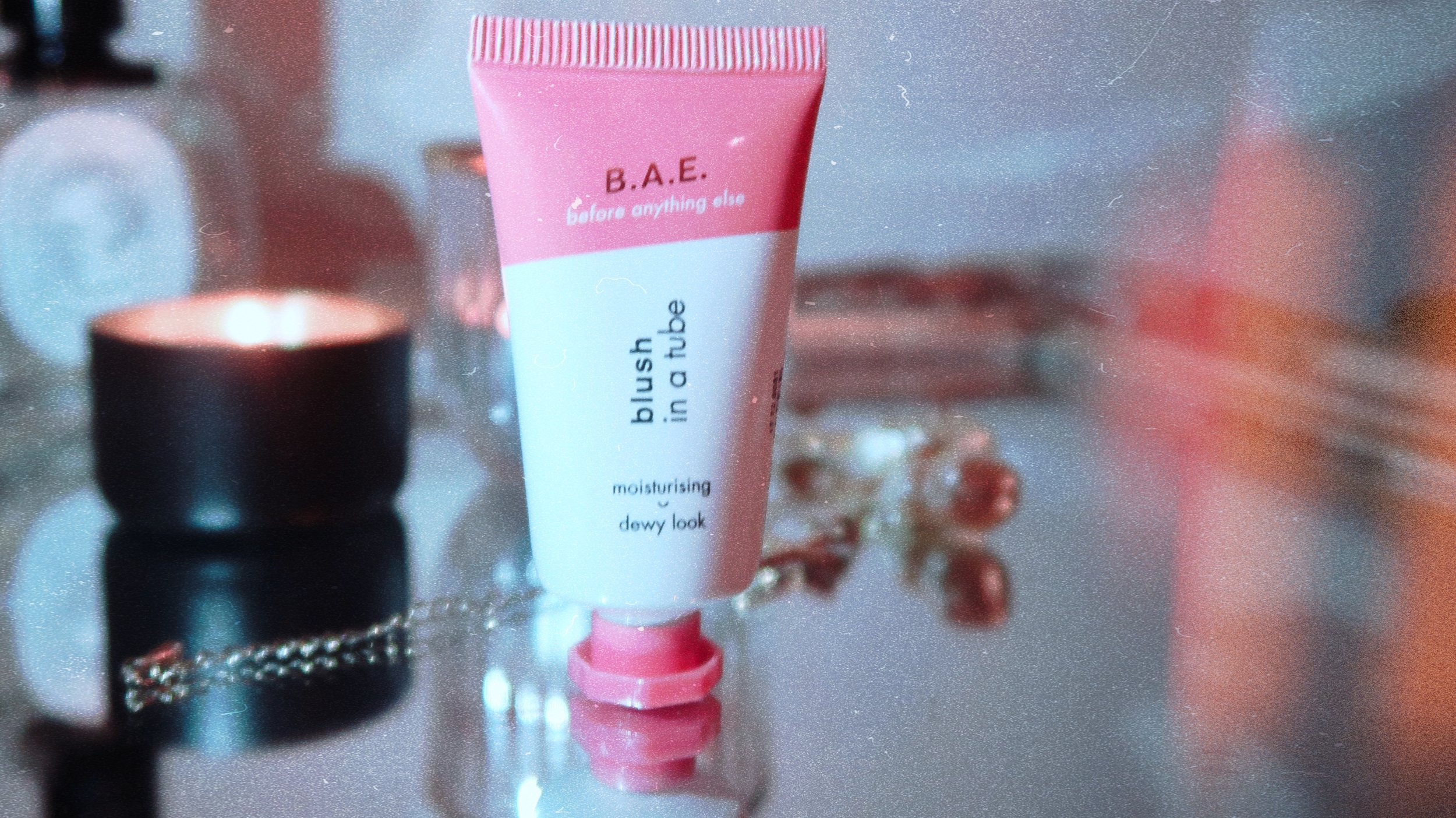 B.A.E. Blush in a tube - Product description: A moisturizing, dewy look and dermatologically tested.
