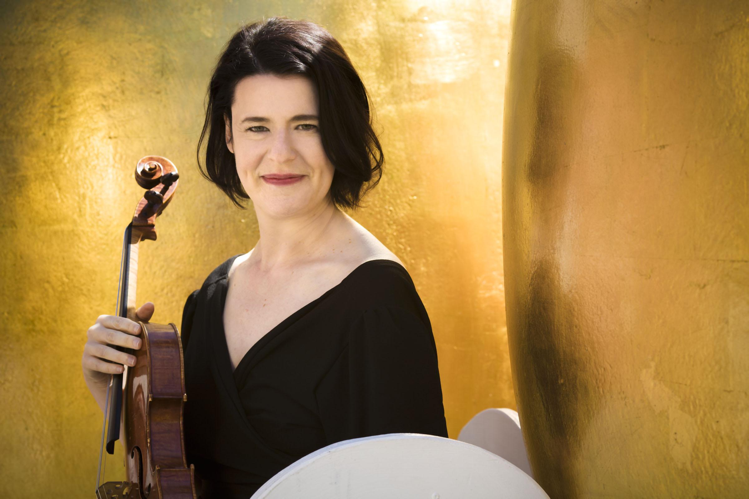 Melia Watras, viola/composer