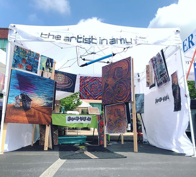 The weather is beautiful- what are you doing?!?! Come on down to the @bananafactory_pa and get yourself some dope art! * * * * * #southsideartsandmusicfestival #bethlehempa #meetmeonthesouthside #Forsale #myart #supportlocalartists #wallart #prints #theartistinamy #artfestival