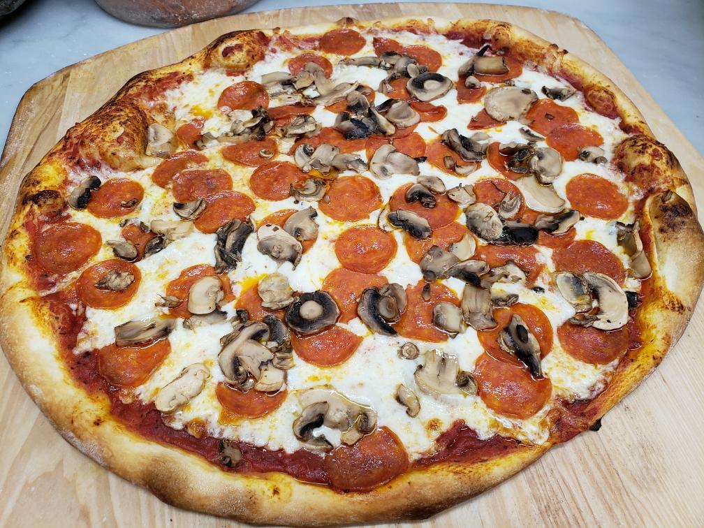 MUSHROOM PEP PIZZA.jpg