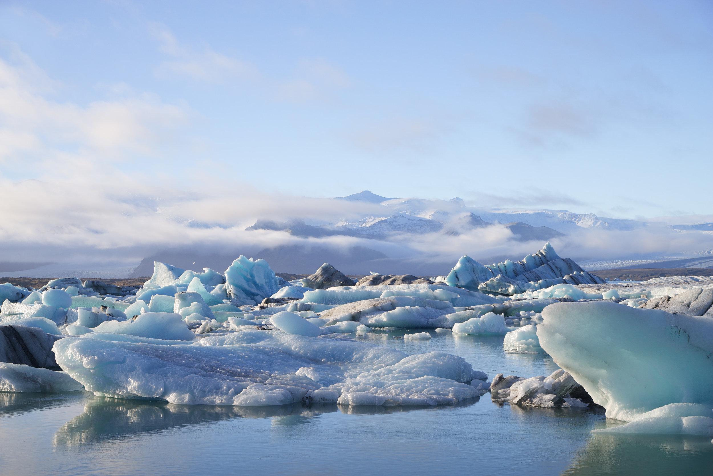 Iceland_Glaciers_Mountains.jpg