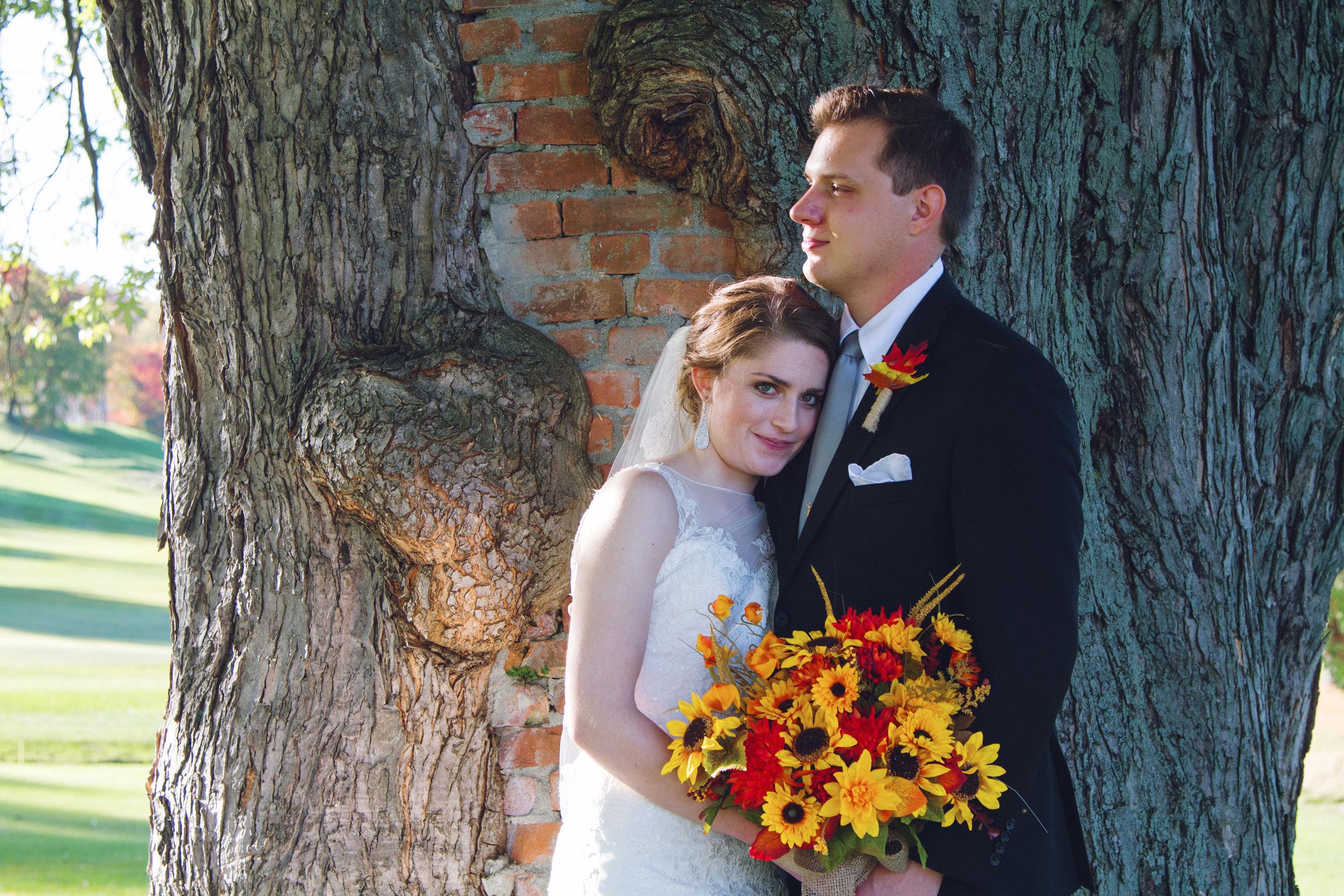 Chris&Erin_Tree_Closeup.jpg