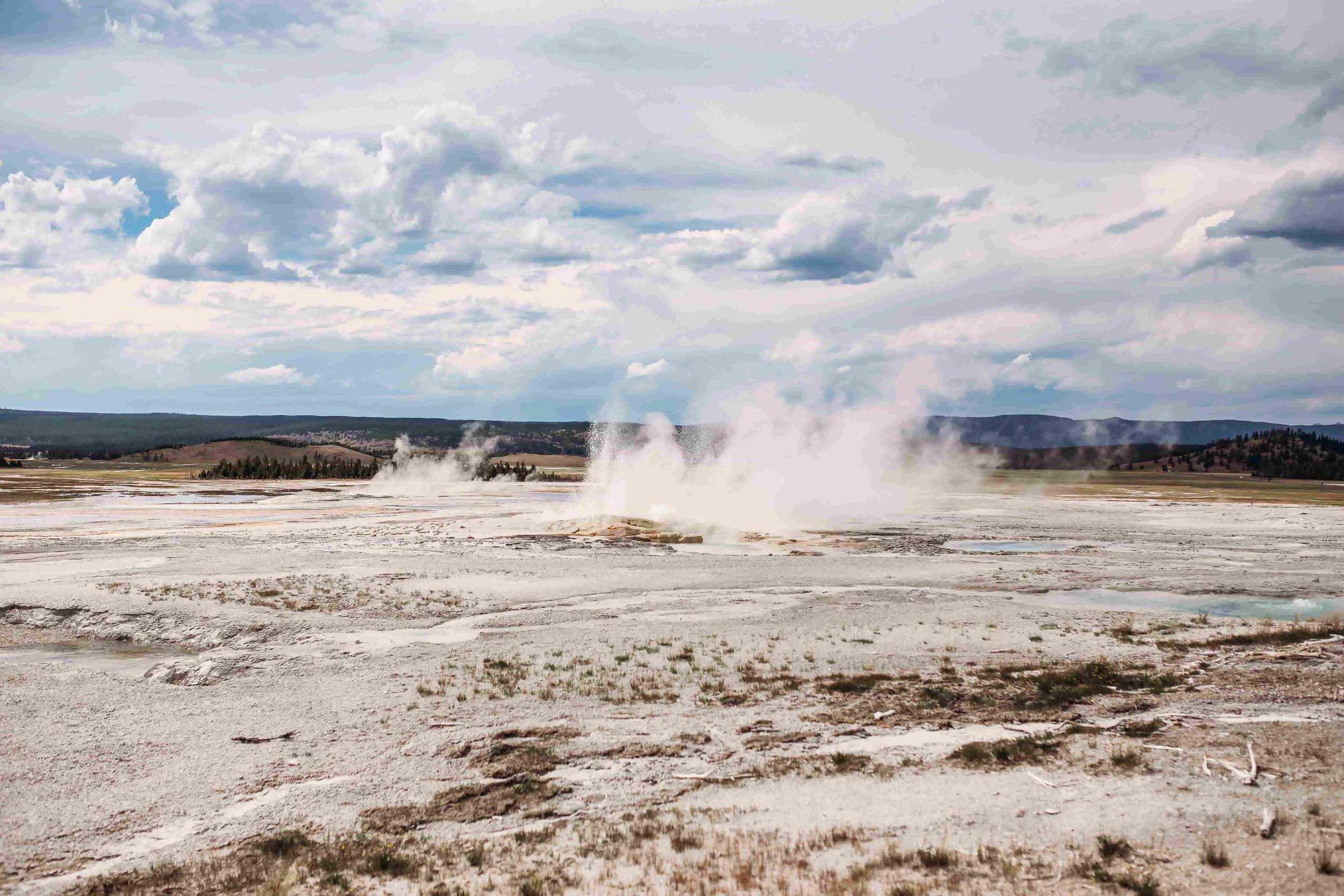 Yellowstone Gysers1.jpeg