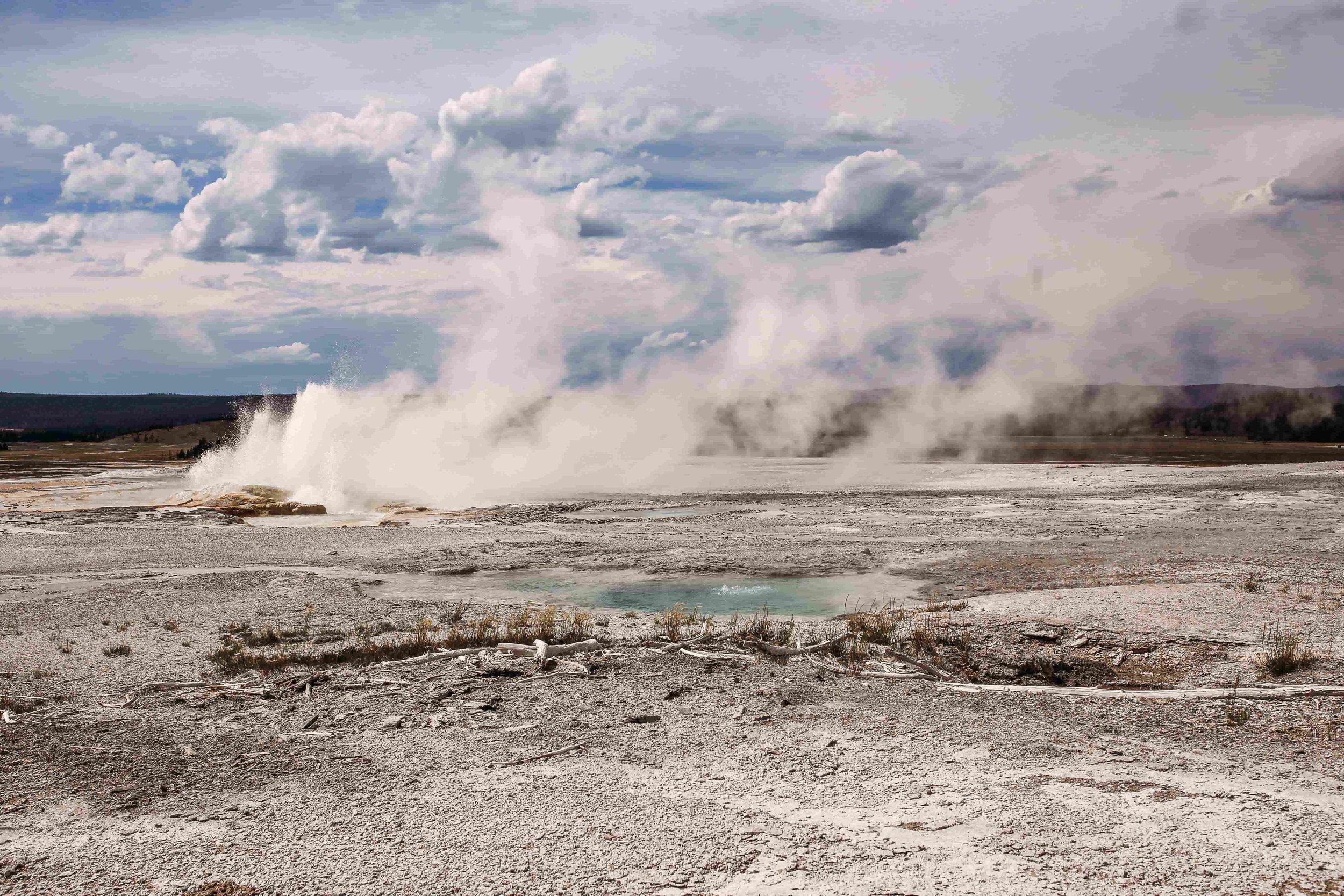 Yellowstone Gysers6.jpeg
