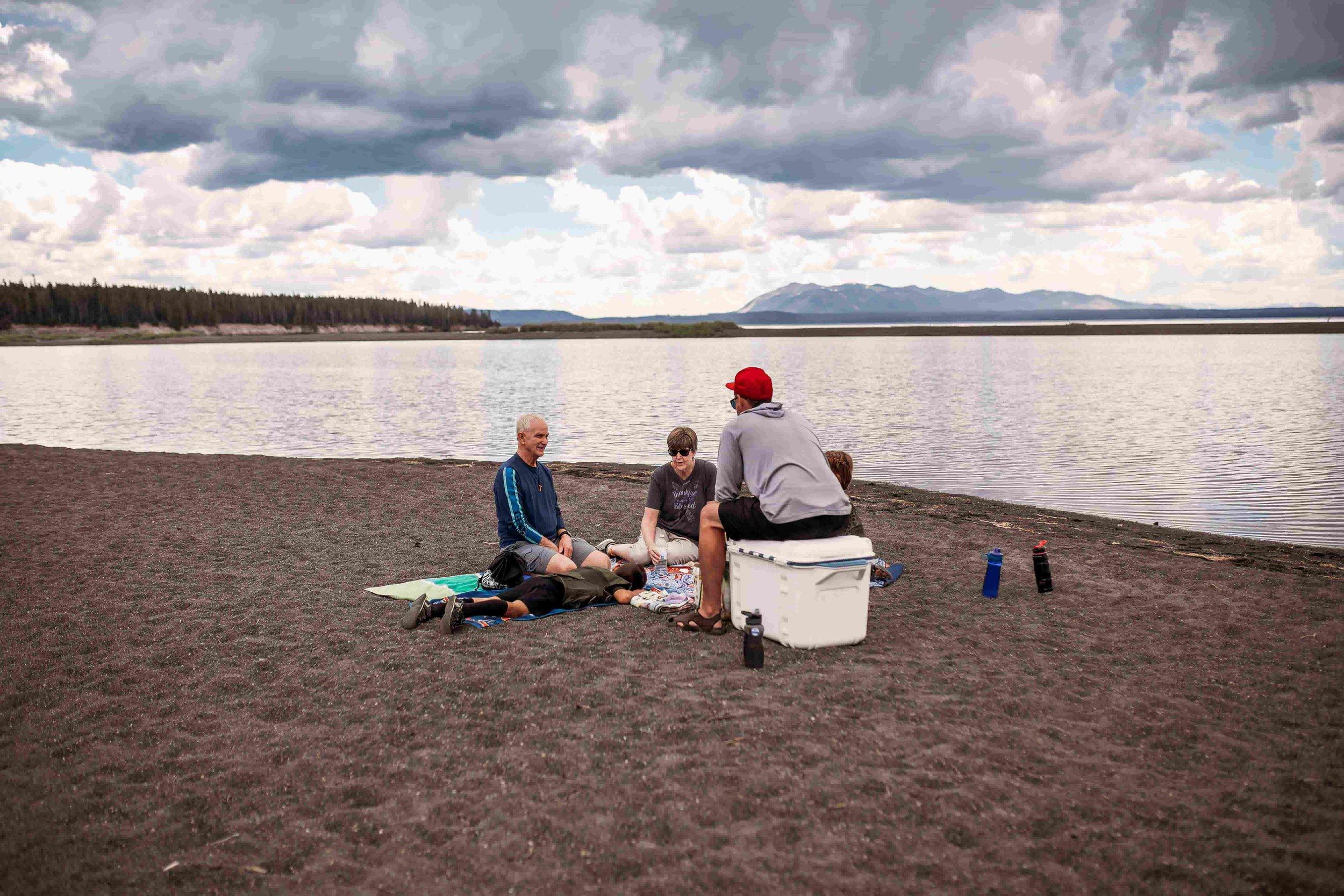 Yellowstone Lake1.jpeg