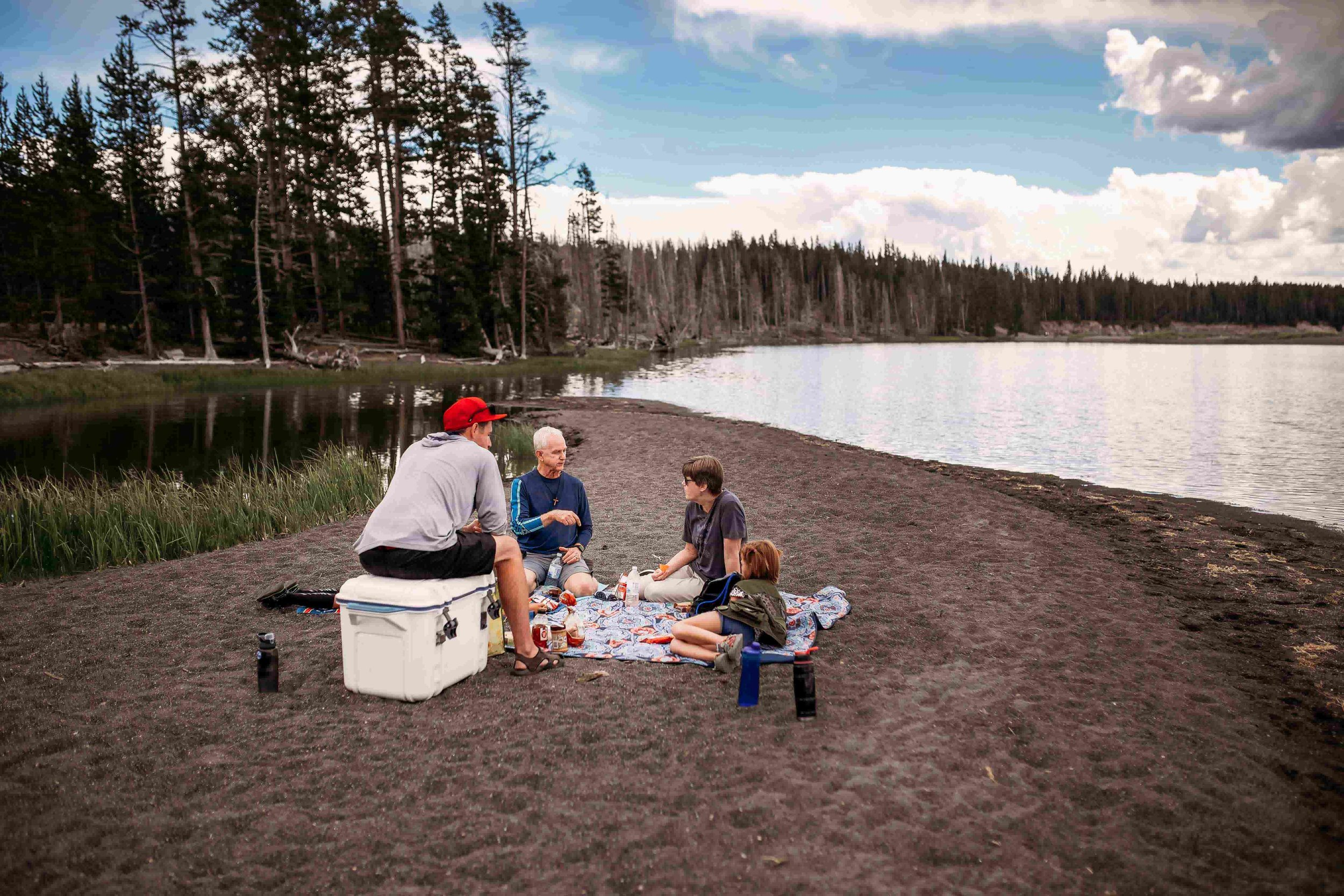 Yellowstone Lake3.jpeg