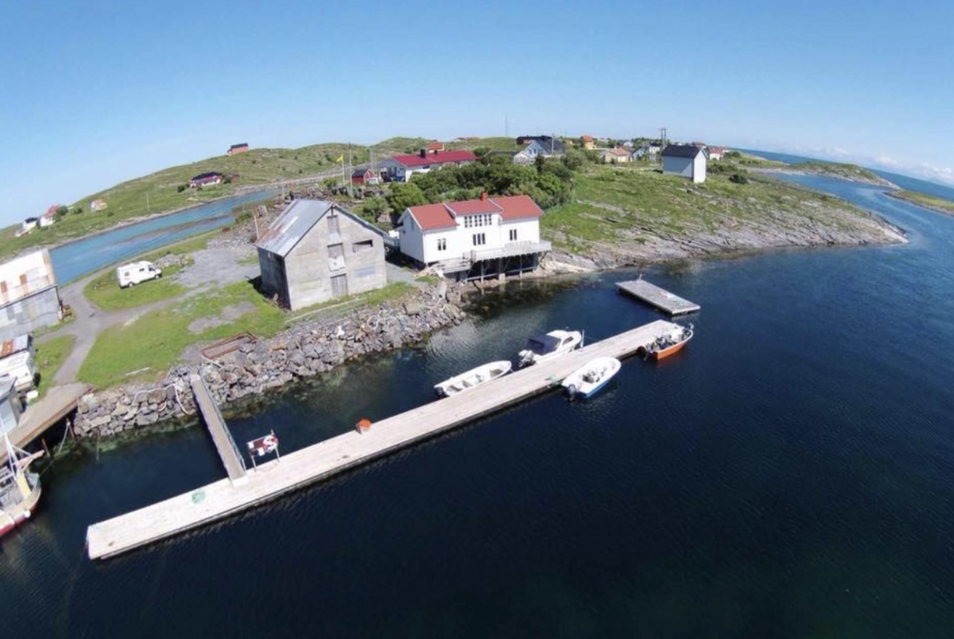 Gjestebrygga ligger lunt til på sørøstsiden av Selvær.