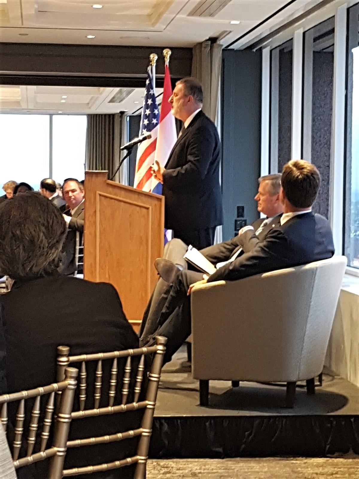 Ambassador Henne Schuwer during his speech at the Holland Trade Dinner