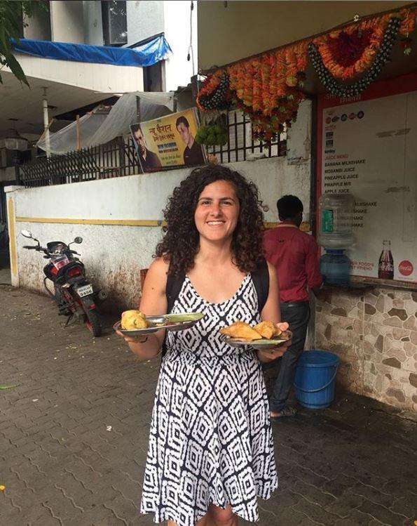 Vegan in Mumbai (samosas are life)