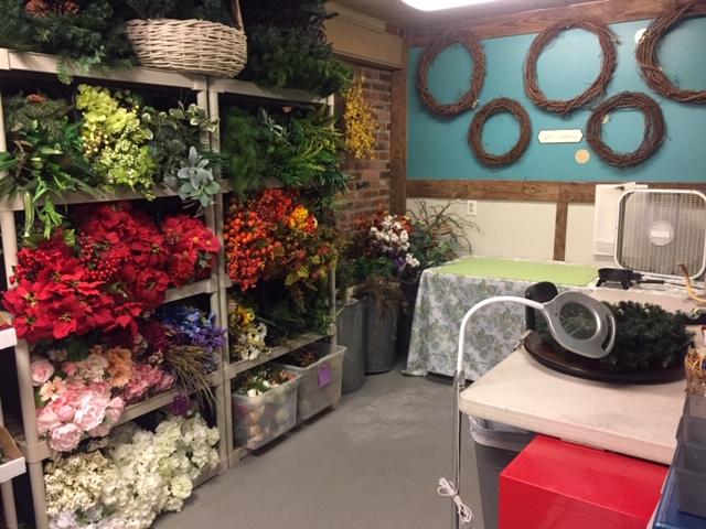 Chaos Organizing Craft Room13.JPG