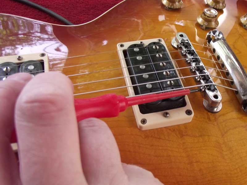 Set Ups   Setting up your guitar (or getting your guitar set up) is a lot like a tune up for your guitar.  Or better yet – it's like optimizing your guitar so it feels and sounds great when you play.