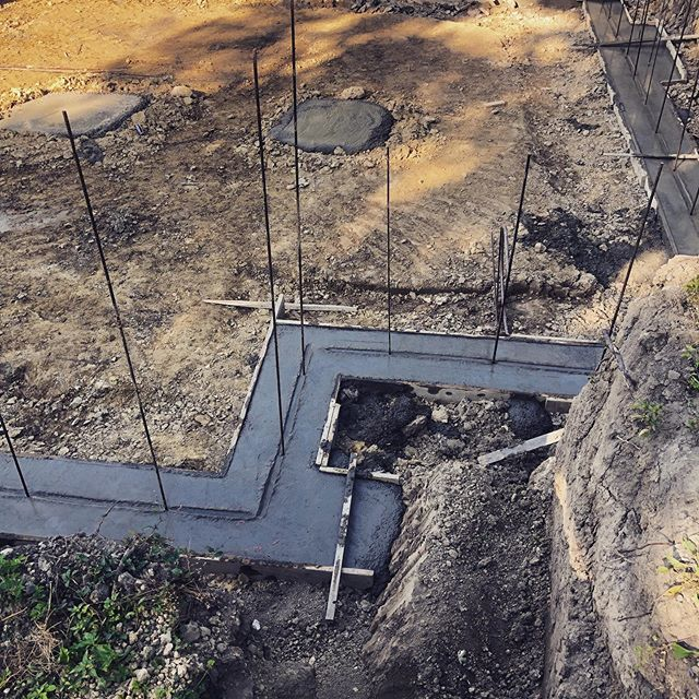Yay footings are now poured!! One step closer. Building a home requires patience; something I'm slowly gaining. 🙏🏼. #concrete #basement #newhomeconstruction #local #carpentry #detroit