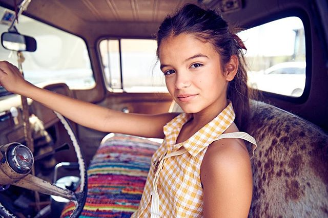 Headed home for the weekend ! Where are you going this weekend? Breakout kid @yayagosselin @thegosselingirls  Photo @slusherphoto  Stylist @teressaingram  HMU @lana_adams  @breakout_sessions  #kidseditorial #coolkids #breakoutsessions