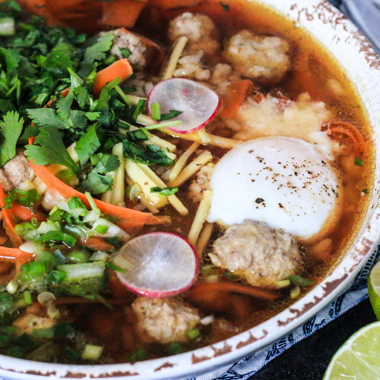 Khao+Tom+(Thai+Rice+Soup)-1.jpg