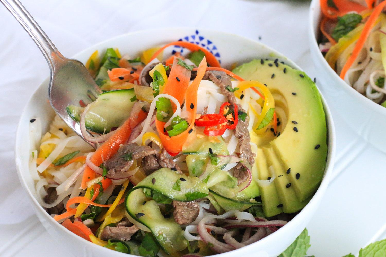 Fresh Veggie & Beef Noodle Bowl