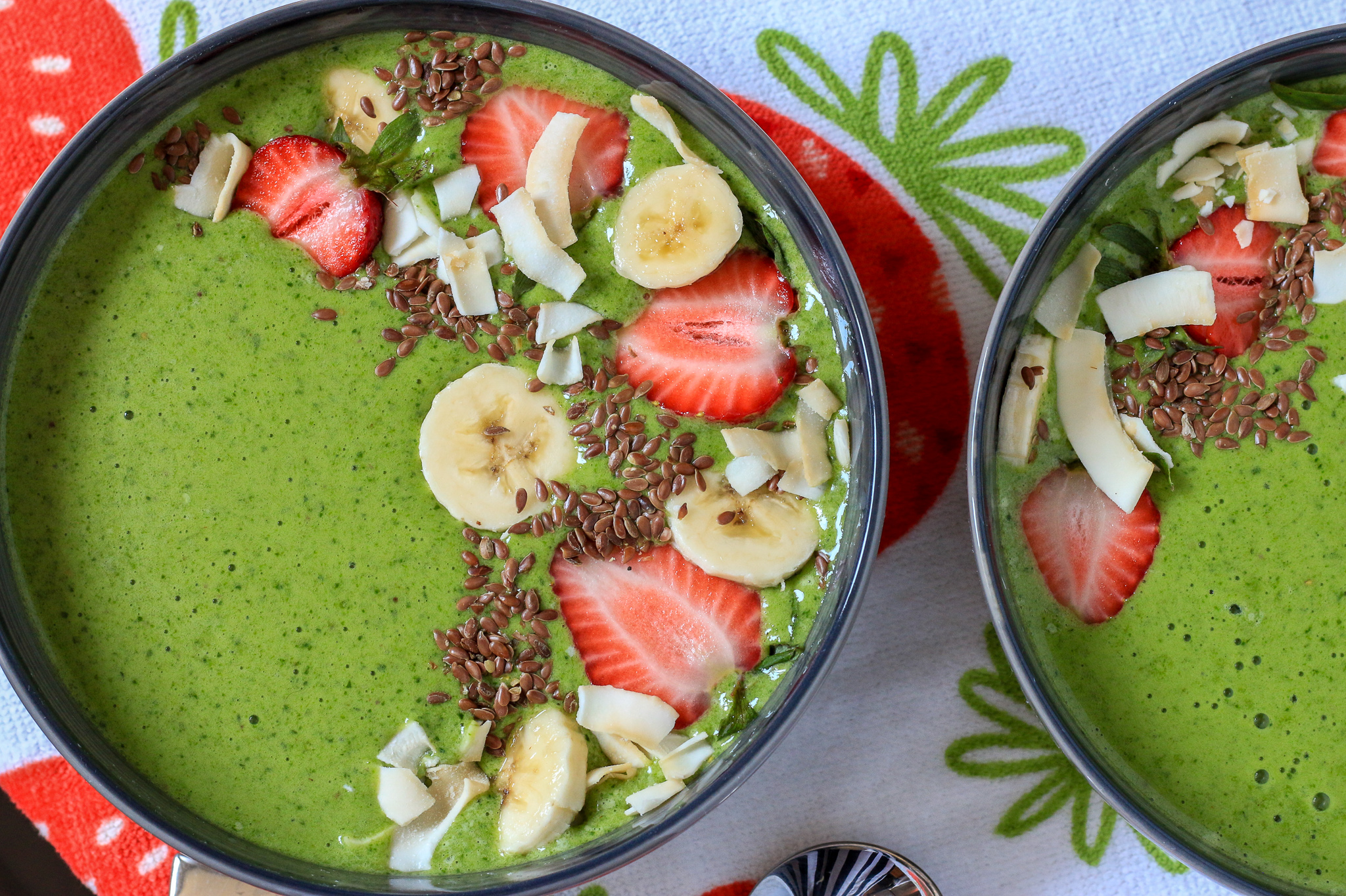 Green Protein Smoothie Bowl