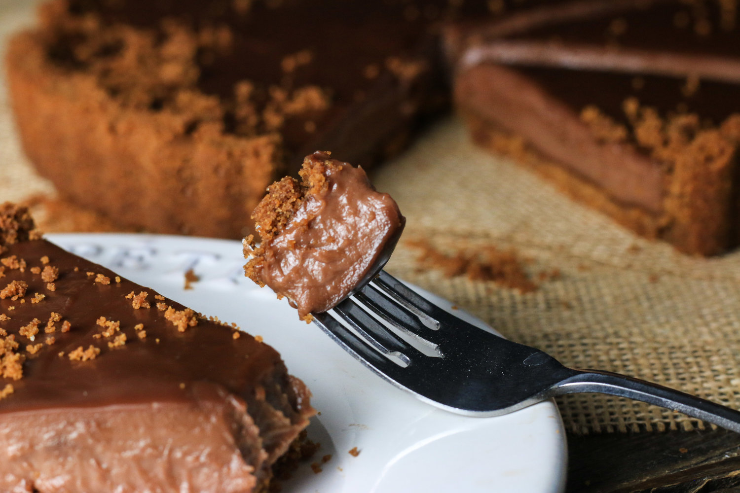 Nutella Tart with Gingersnap Crust