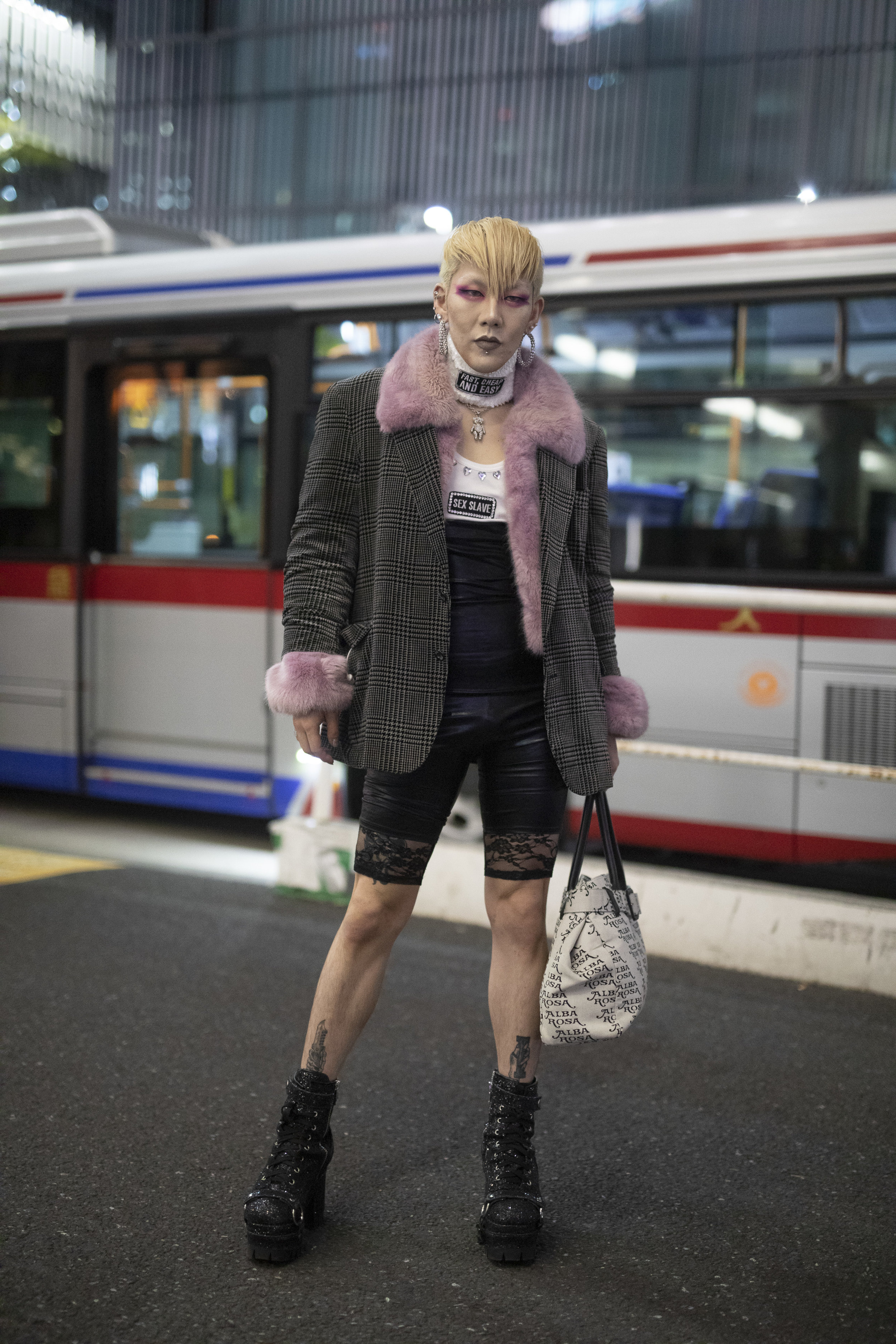 Tokyo str 3 RF19 5260.jpg
