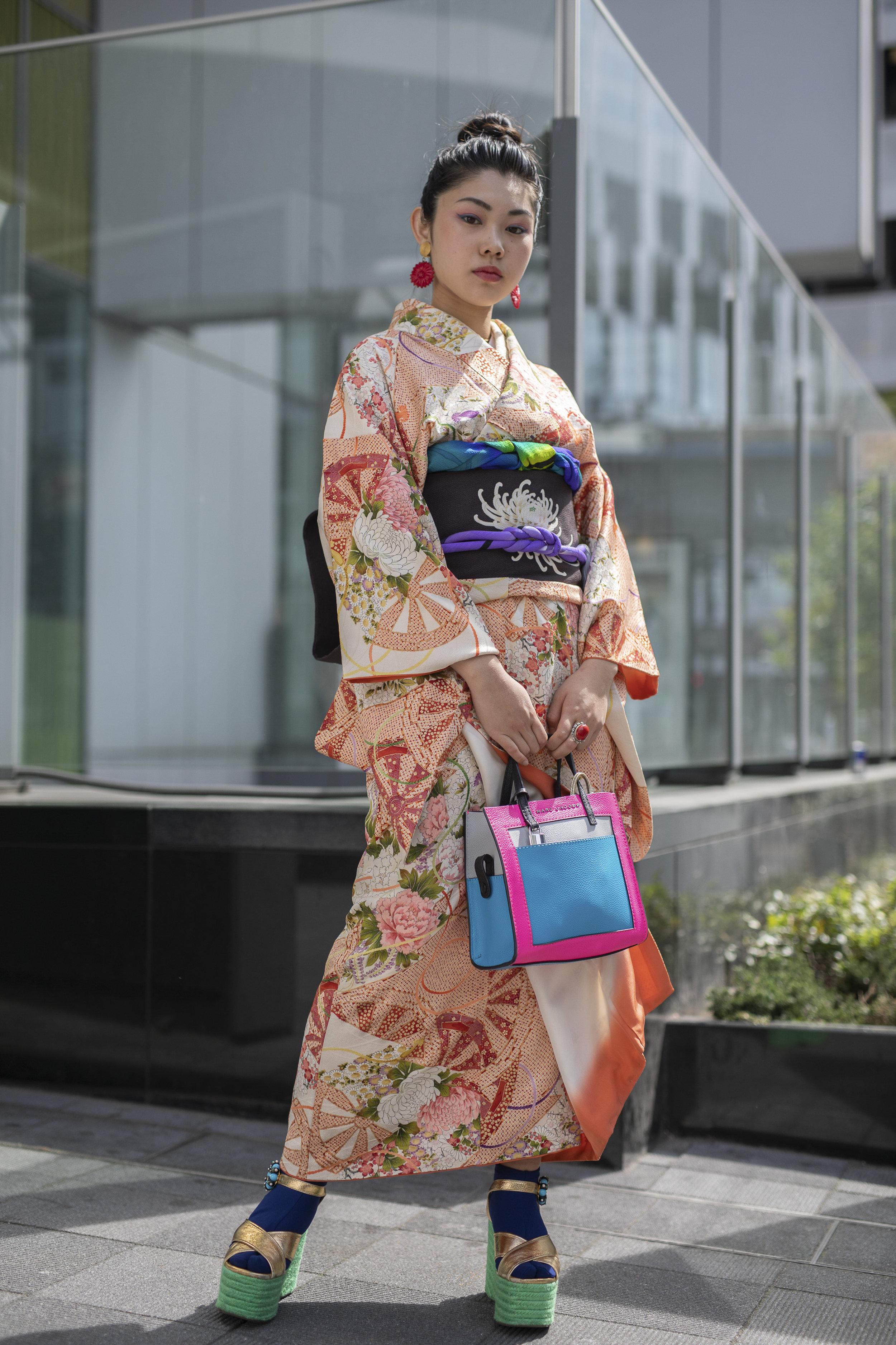 Tokyo str 5 RF19 7222.jpg