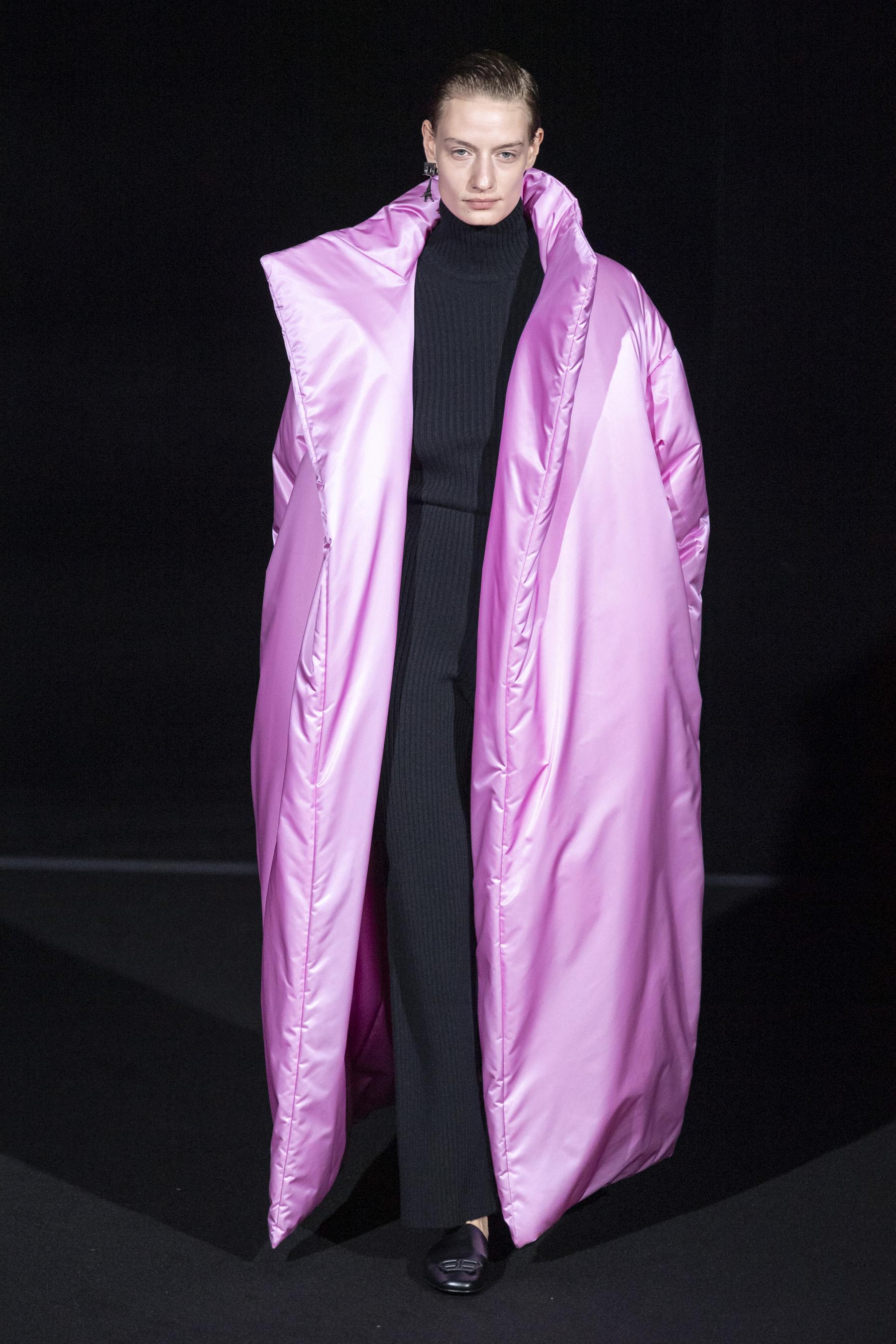 Balenciaga RF19 5999.jpg