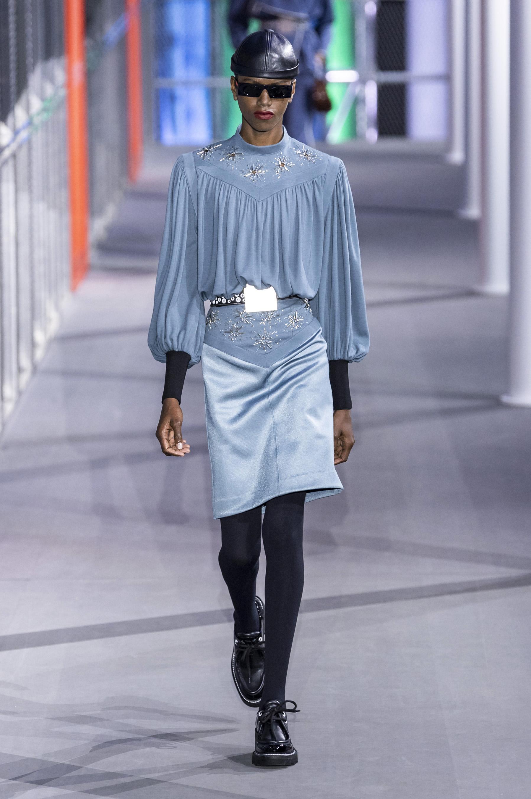 Vuitton RF19 0351.jpg