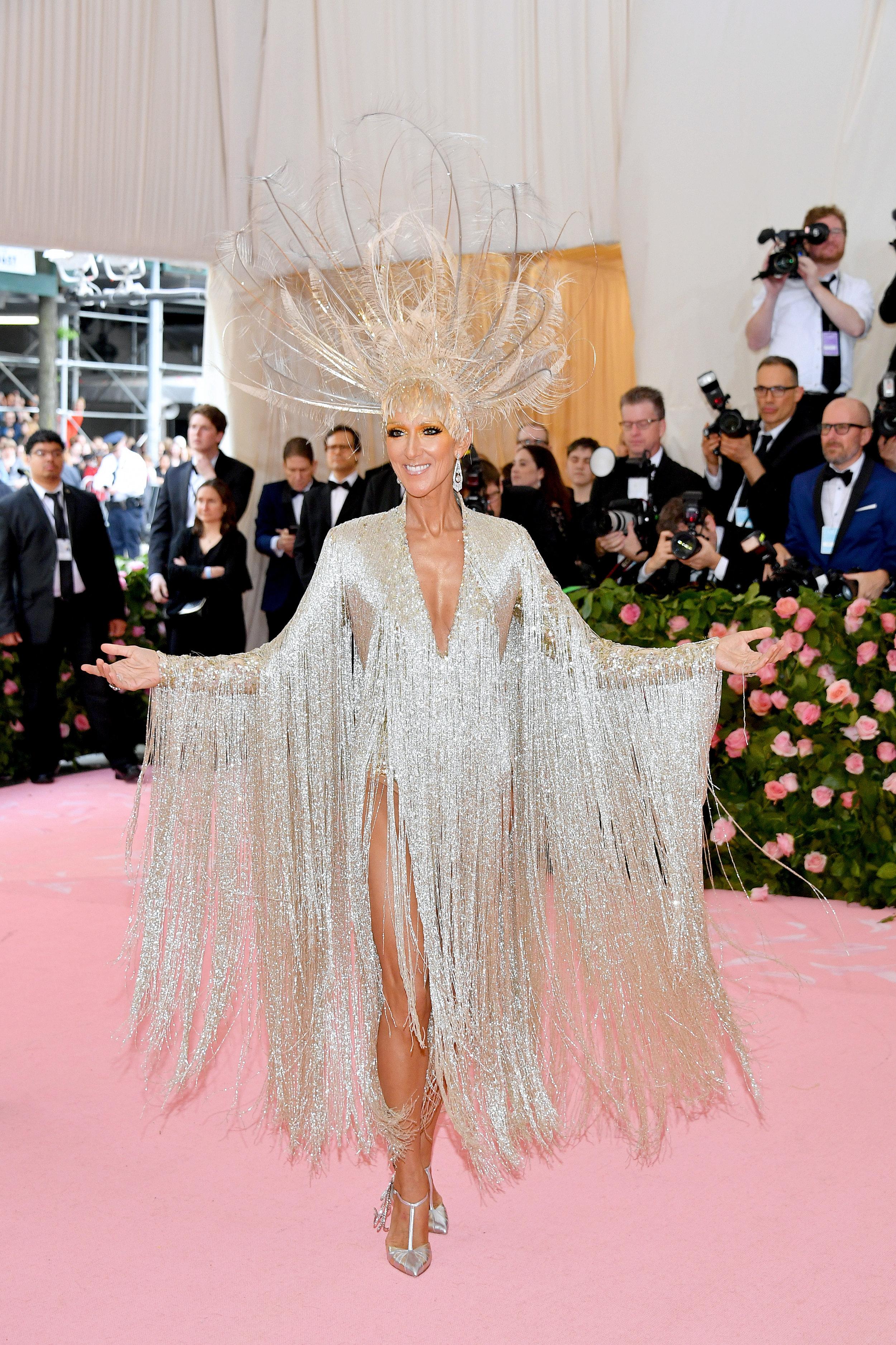 Celine Dion in Oscar de la Renta