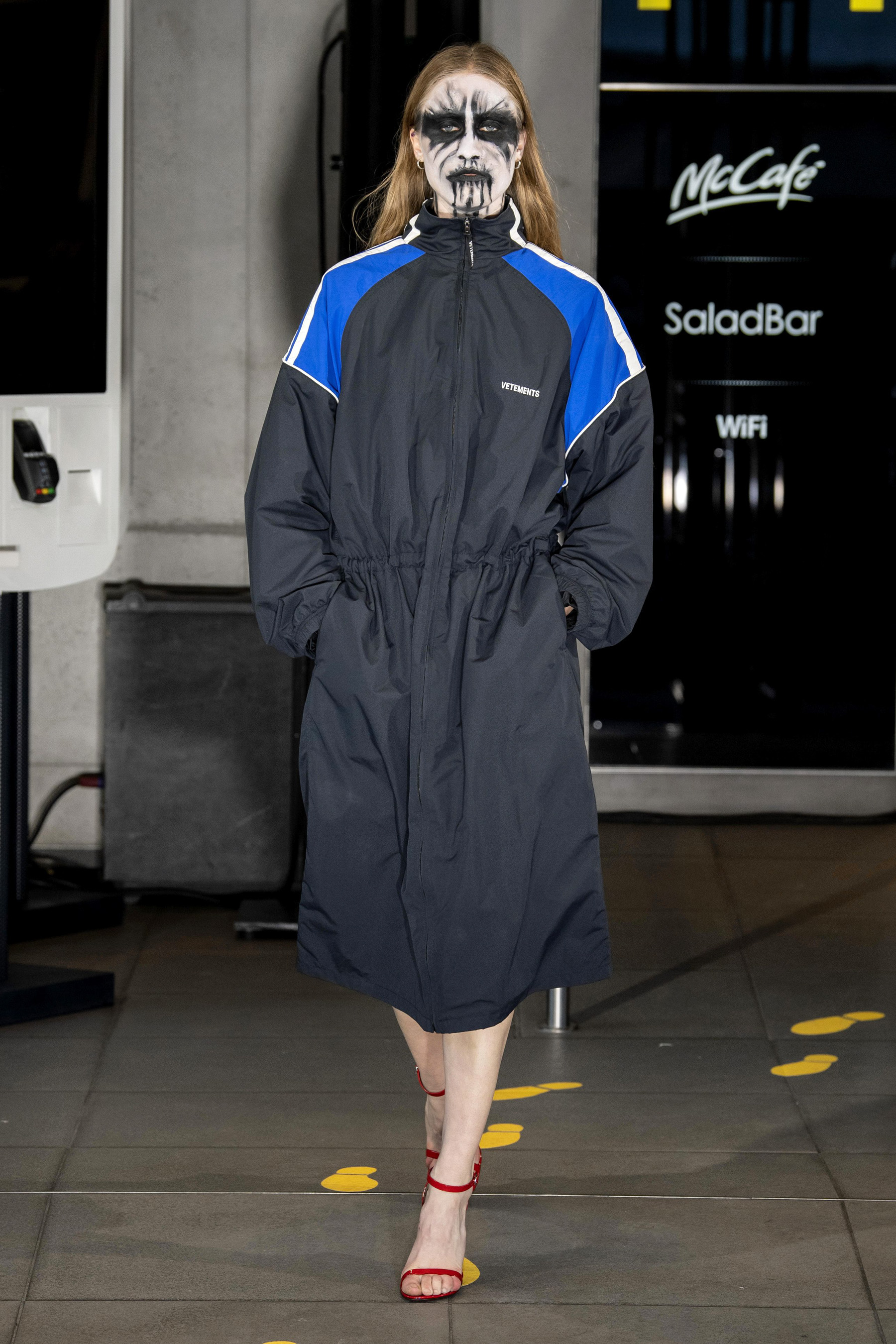 Vetements m RS20 0447.jpg