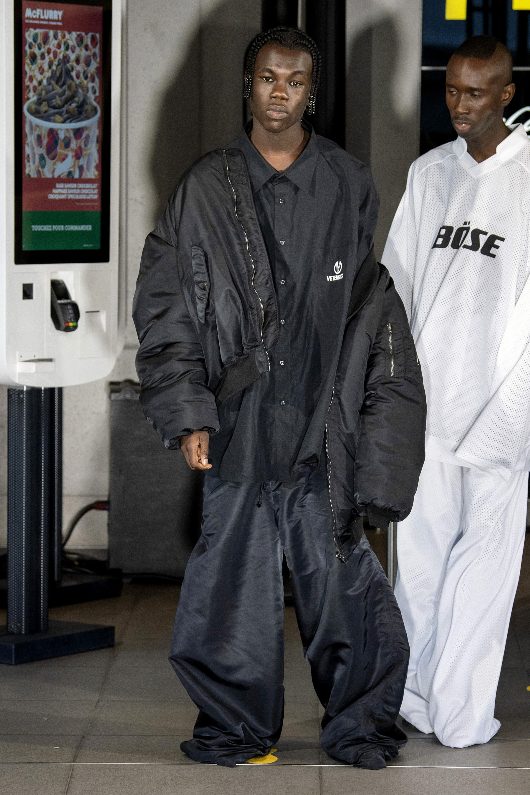 Vetements m RS20 0549.jpg