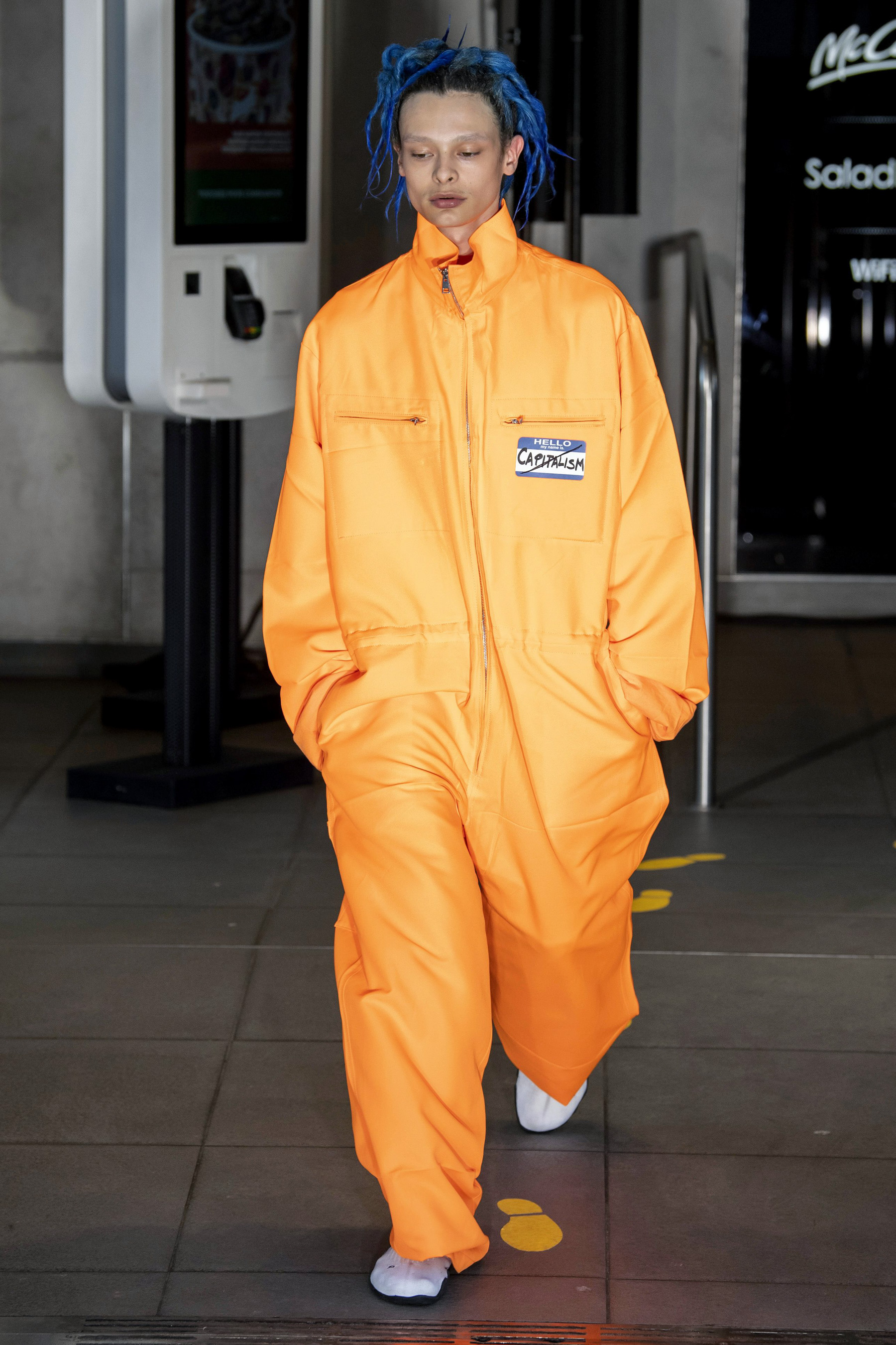 Vetements m RS20 0610.jpg